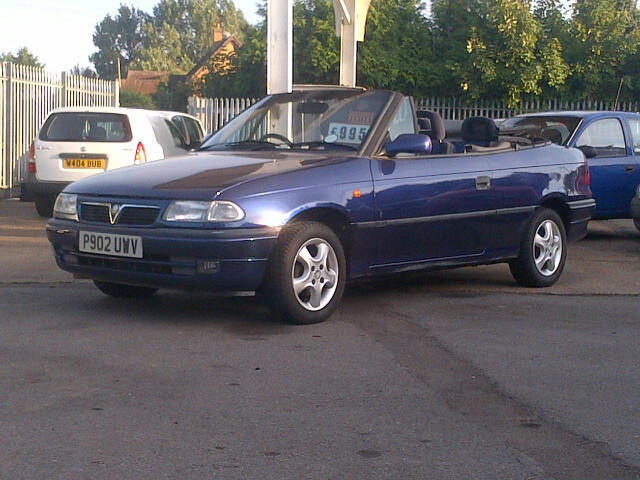 Vauxhall Astra CONVERTIBLE COLOUR EDITION