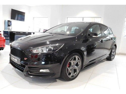 Ford Focus 2.0 TDCi 185PS 6 Speed Manual LOW RATE FINANCE AT 6.9% APR Representative