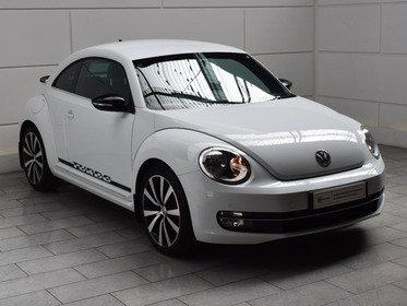 Volkswagen Beetle 2.0T Turbo Black TSI [210][NAV]