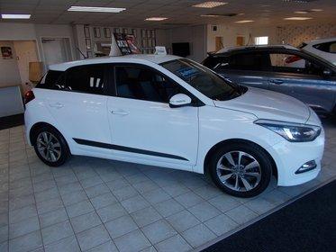 Hyundai I20 1.4 100PS Premium Auto