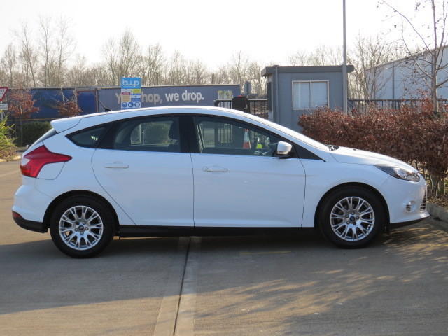 ford focus titanium manual transmission