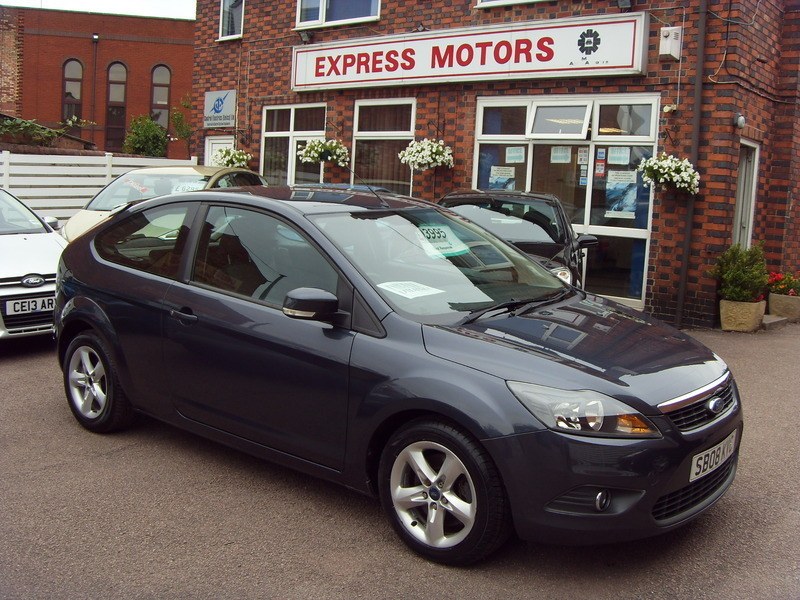 ford focus 1 8 zetec tdci express motors. Black Bedroom Furniture Sets. Home Design Ideas