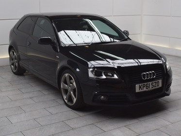 Audi A3 2.0 TDI BLACK EDITION S-TRONIC [140]