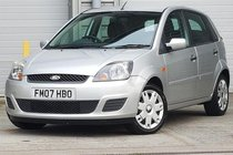 Ford Fiesta STYLE 16V