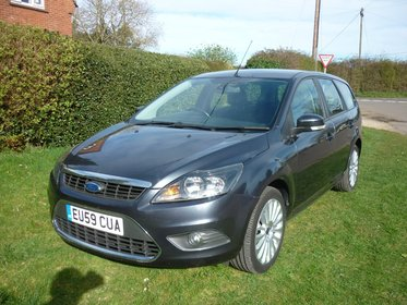 Ford Focus 1.8 TITANIUM ESTATE