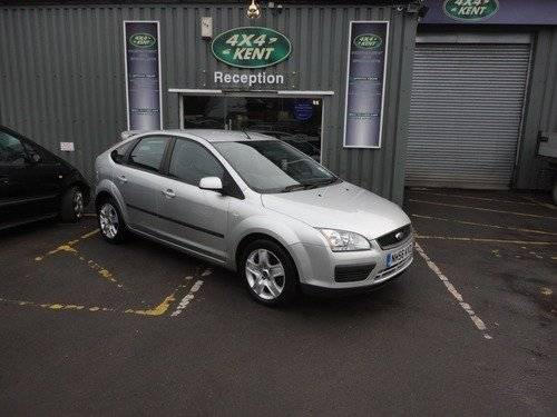 Ford Focus 1.6 LX WITH AIR CON & SERVICE HISTORY