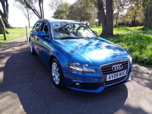 Audi A4 Avant 2.0 TDI SE AVANT 143PS