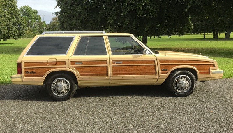 Chrysler Le Baron Town and Country