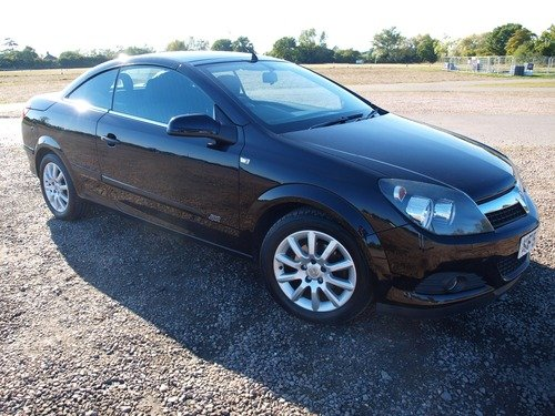 Vauxhall Astra TWIN TOP SPORT, FULL SERVICE HISTORY
