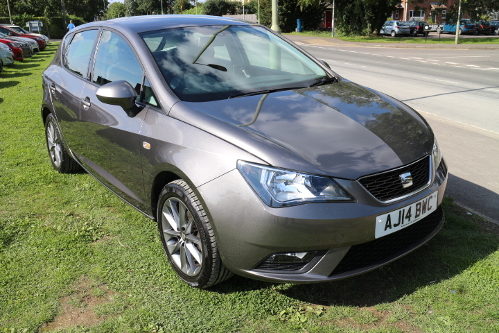 seat ibiza 1 2 tsi i tech 105ps mj wearing. Black Bedroom Furniture Sets. Home Design Ideas