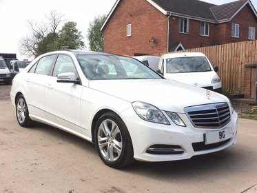 Mercedes E Class E300 BLUETEC HYBRID 2013, 1 OWNER,FSH,PANORAMIC ROOF,STUNNING CAR. leather,full electrics,vat qualify car,export welcome