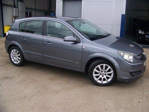 Vauxhall Astra 1.8I 16V DESIGN