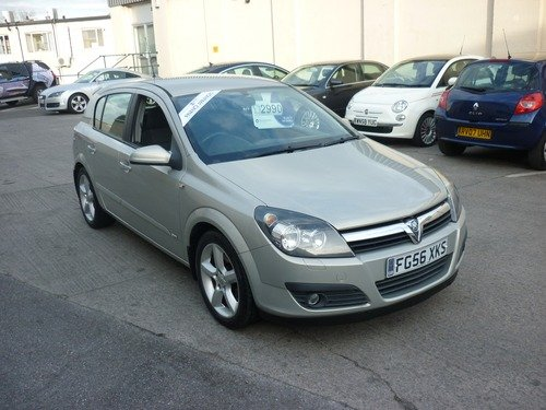 Vauxhall Astra 1.9CDTI  SRI 120PS Finance Available