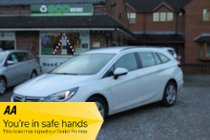 Vauxhall Astra TECH LINE NAV CDTI S/S - Impressive balance of comfort & agility - Great efficiency figures - Keenly priced & well equipped.