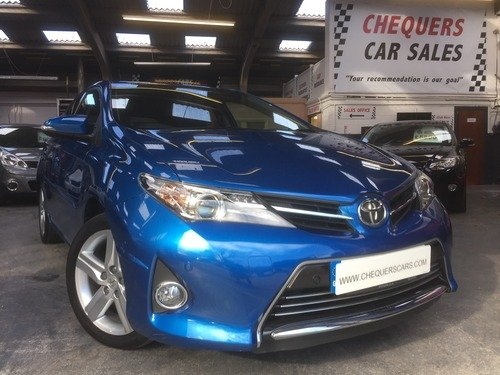 Toyota Auris 1.6 VALVEMATIC EXCEL *** AVAILABLE FOR VIEWING FROM SATURDAY 30TH OF APRIL ***