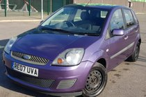 Ford Fiesta Style Climate 1.25 075