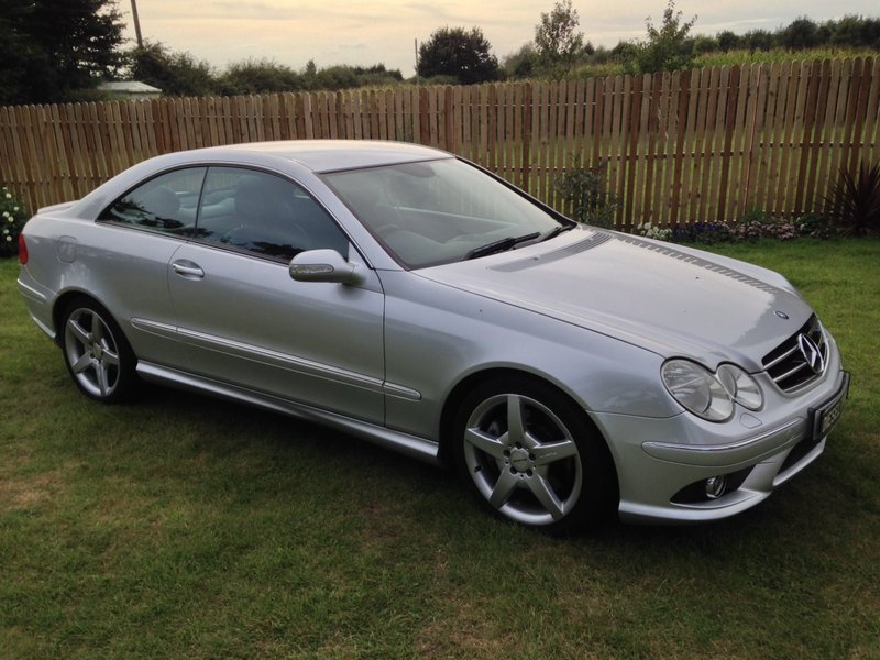 mercedes clk clk 220 cdi sport amg coupe manual dieseltrader. Black Bedroom Furniture Sets. Home Design Ideas