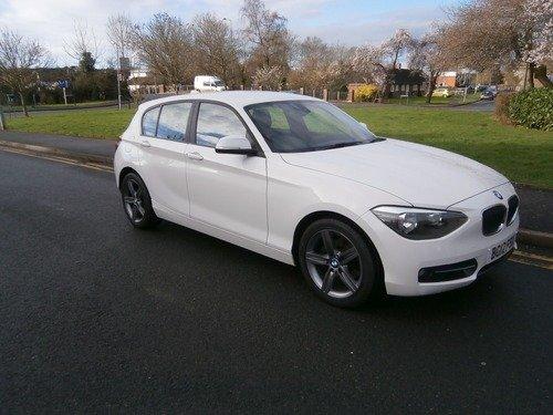 BMW 118 1.6 118i SPORT