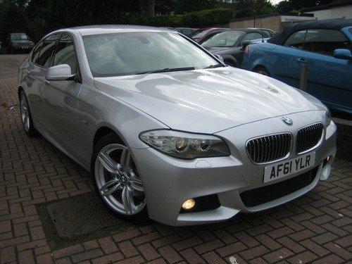 BMW 5 SERIES 2.0 520d M SPORT LOW MILEAGE,NAV, FULL LEATHER, HEATED SEATS, 19