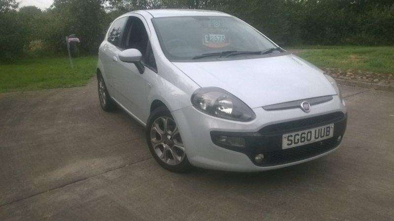 Fiat Punto Evo Gp Metallic White Alloys Warranty Aa Cover