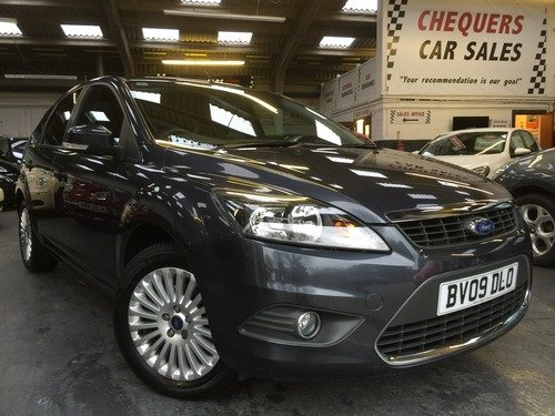 Ford Focus 1.6 TITANIUM ONLY 26000 MILES WITH FULL SERVICE HISTORY & REAR PARKING SENSORS
