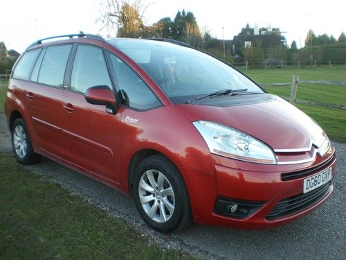 Citroen C4 Grand Picasso 1.6 HDI VTR 110HP EGS Automatic