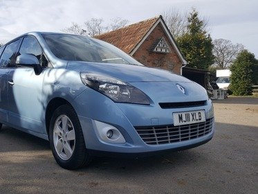 Renault Scenic 1.5 DYNAMIQUE TOMTOM DCI 110 SATELLITE NAVIGATION, BLUETOOTH AND 7 SEATS!