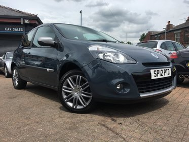 Renault Clio 1.2 TCE 100 DYNAMIQUE TOMTOM