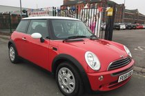 MINI One MINI One 1.6 RED 2006/56 ** LOW 80,876 MILES ** MOT TILL 02/02/2019 ** HPI CLEAR ** 12 MONTH AA COVER INCLUDED