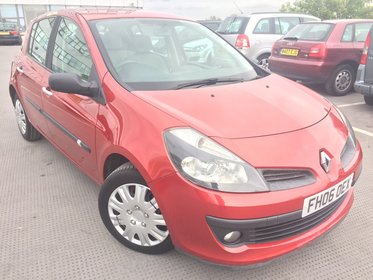 Renault Clio 1.6 VVT 111 EXPRESSION