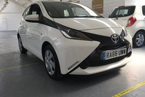 Toyota AYGO VVT-I X-PLAY X-SHIFT(AUTOMATIC) ONLY 37600 MILES!!