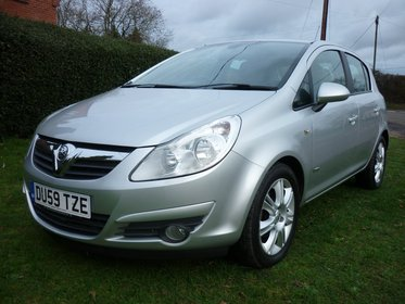 Vauxhall Corsa DESIGN 16V TWINPORT AUTOMATIC