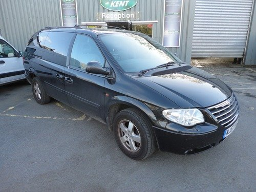 Chrysler Grand Voyager 2.8 CRD EXECUTIVE STOW & GO REAR ENTERTAINMENT & PRIVACY GLASS