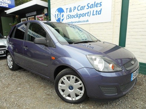Ford Fiesta 1.6I 16V STYLE CLIMATE AUTO 5 DOOR