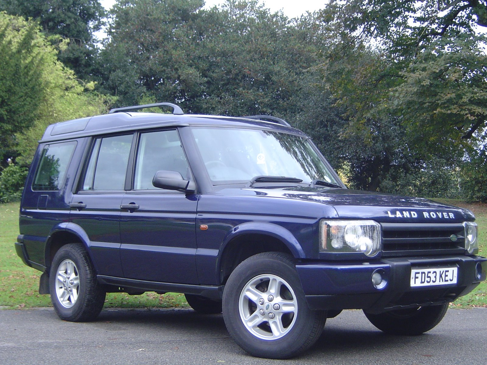 usedcarcentre land rover discovery s td5. Black Bedroom Furniture Sets. Home Design Ideas