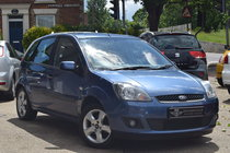 Ford Fiesta FREEDOM 16V