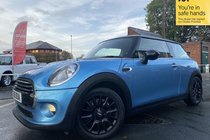 MINI Cooper D COOPER D CHILLI/MEDIA PACK XL used car in metallic electric blue