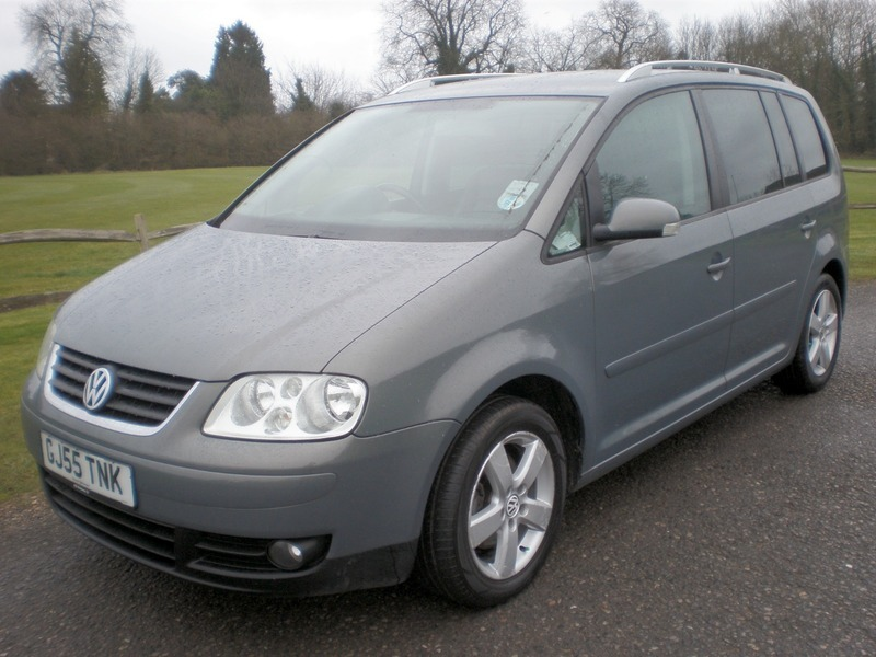 volkswagen touran 2 0 tdi pd sport dsg 7 seats 140ps automatic full leather cars4youdirect. Black Bedroom Furniture Sets. Home Design Ideas