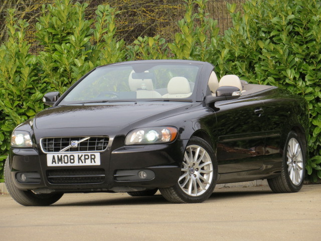 vogue cars volvo c70 d5 sport. Black Bedroom Furniture Sets. Home Design Ideas