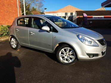 Vauxhall Corsa Design 1.2i 16v (a/c)