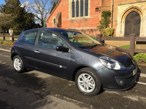 Renault Clio Dynamique 16V ONLY 20000 MILES !!! ONE OWNER