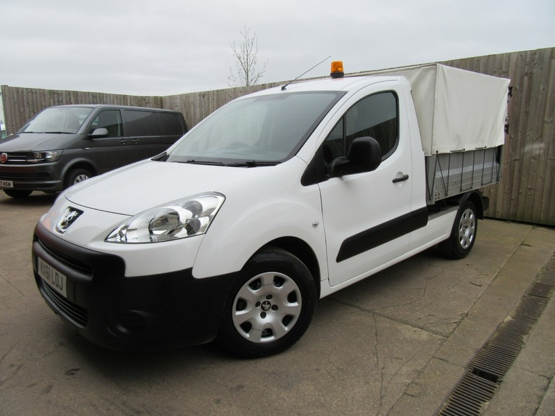 ff8f5b45ddf Peugeot Partner TIPPER 1.6 HDi 2012 ONLY 39,000 MILES 11 MONTHS MOT ...