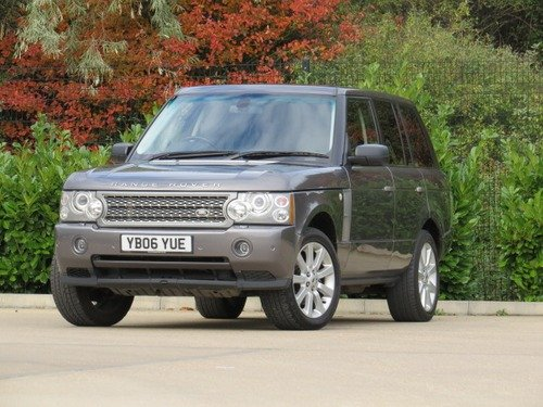 Land Rover Range Rover 4.2 V8 SUPERCHARGED VOGUE SE