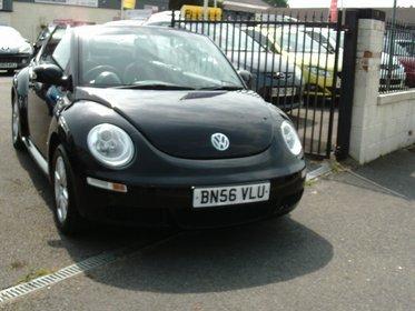 Volkswagen Beetle 1.6 LUNA CABRIOLET