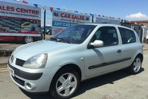 Renault Clio DYNAMIQUE 16V 3DR 2004 ** 12 MONTH MOT INCLUDED ** SUNROOF ** ALLOY WHEELS ** ONLY 2 OWNERS FROM BRAND NEW