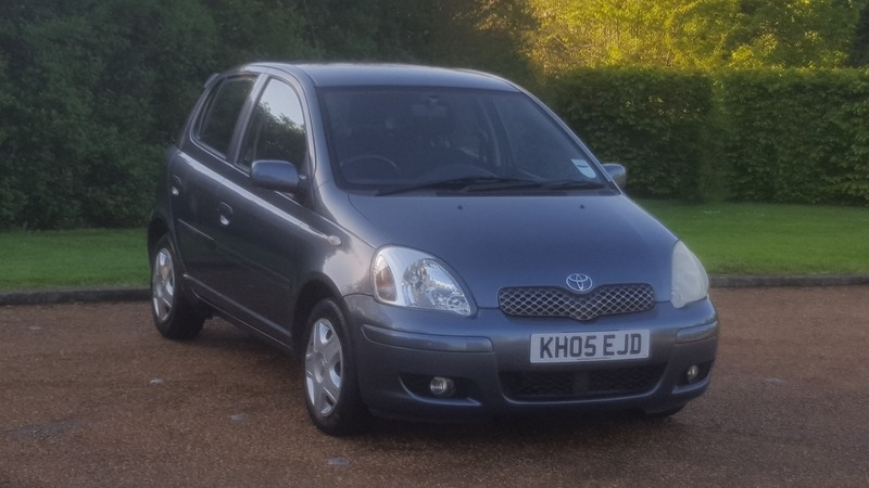 Toyota Yaris 1 0 16v Vvt I Colour Collection Manual Gears 5 Doors