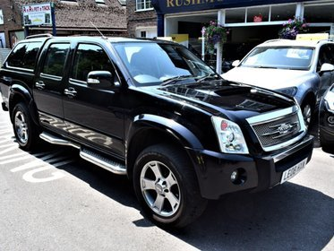 Isuzu Rodeo 2.5 4X4 DENVER MAX LE DOUBLE CAB