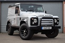 Land Rover Defender 90 2.4 TD X-TECH LE HARD TOP