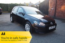 Volkswagen Golf S TDI BLUEMOTION TECHNOLOGY FULL VW SERVICE HISTORY ! ZERO TAX ! MEDIA ! BLUETOOTH !
