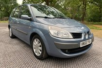 Renault Megane DYNAMIQUE VVT 111 G/SCENIC